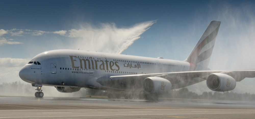 A380-Water-arch_emirates.jpg